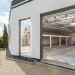 Einfahrtmöglichkeit in die Meisterwerk Schulungshalle vom Hotel FREIZEIT IN Göttingen