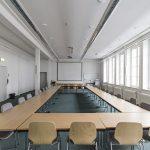 Historisches Gebäude der SUB Göttingen kleiner Vortragsraum