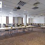 Tagungsraum in parlamentarischer Bestuhlung im Tagungshotel Park Inn by Radisson in Göttingen